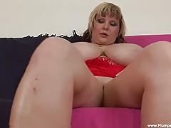 Watch BBW Juliana as she sucks and fucks her red dildo!